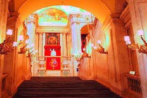 Royal Palace Of Madrid Escape